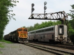 680 waits in the siding as the Capitol Limited pulls past at 435