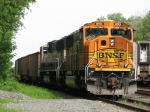 BNSF 8901 & 9518 wait for a new crew in the controlled siding with 680