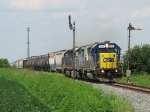CSX 4434 leads J726 through South Romney