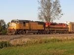 UP 4421 & KCS 4104