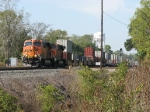 BNSF 7635 & 7534 lead 20T across the diamond at CP358