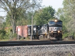 A 4-pack of C40-9W's lead 34N through the Southeast Transfer