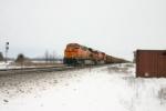 BNSF 6218 on a DEEX train