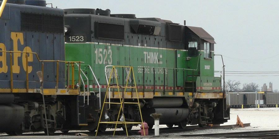 BNSF 1523