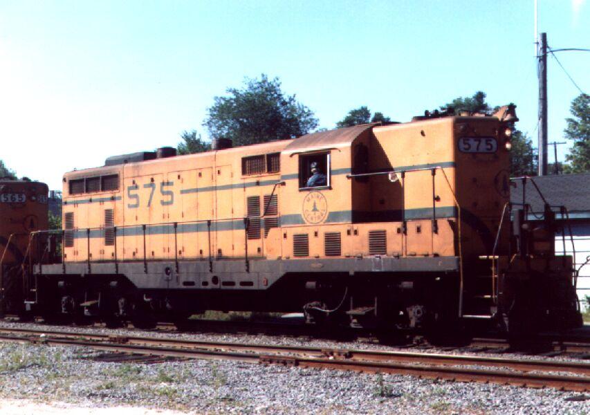 Roster shot of MEC 575