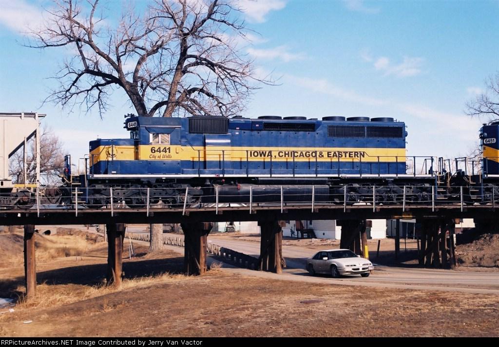 ICE 6441 crosses 10th Ave bridge nr downtown