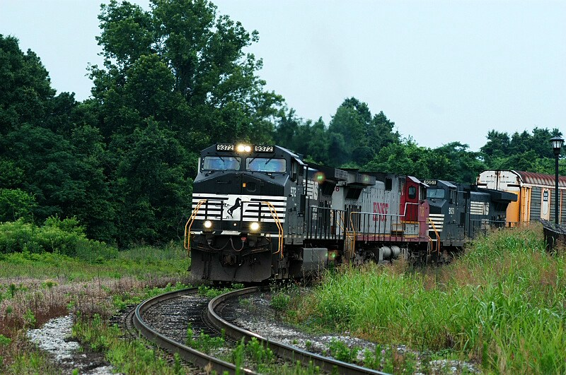 238 with a bnsf warbonnet