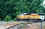 f795 moves on the connection track to csx cayce yard