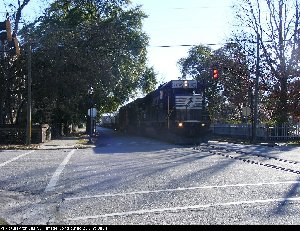 NS 192 blows through the Stop sign at 10 MPH