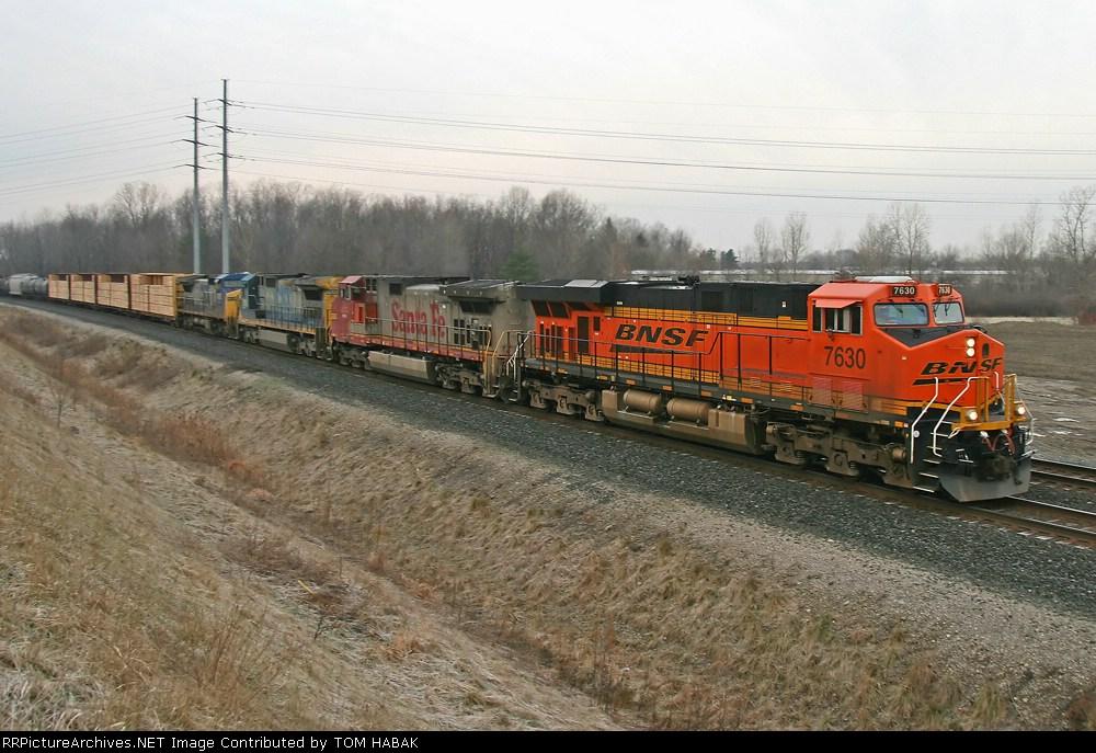 BNSF 7630 on CSX Q380-12