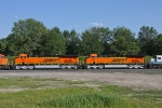 BNSF 7402 on CSX Q381-19