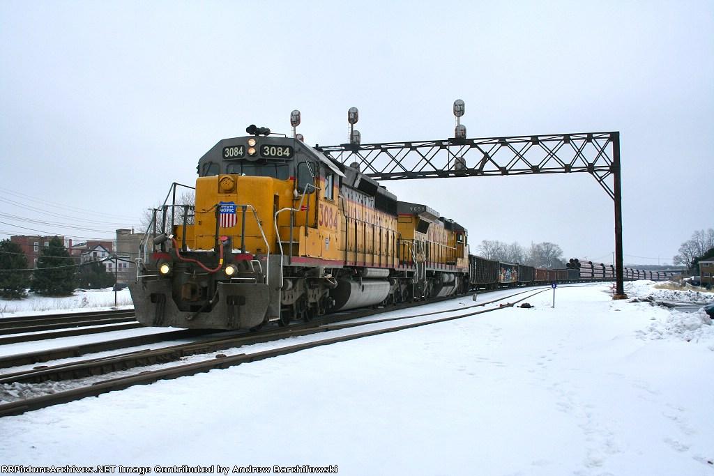 UP 3084
