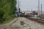 CSXT Train Q27216 & NS Train 27V