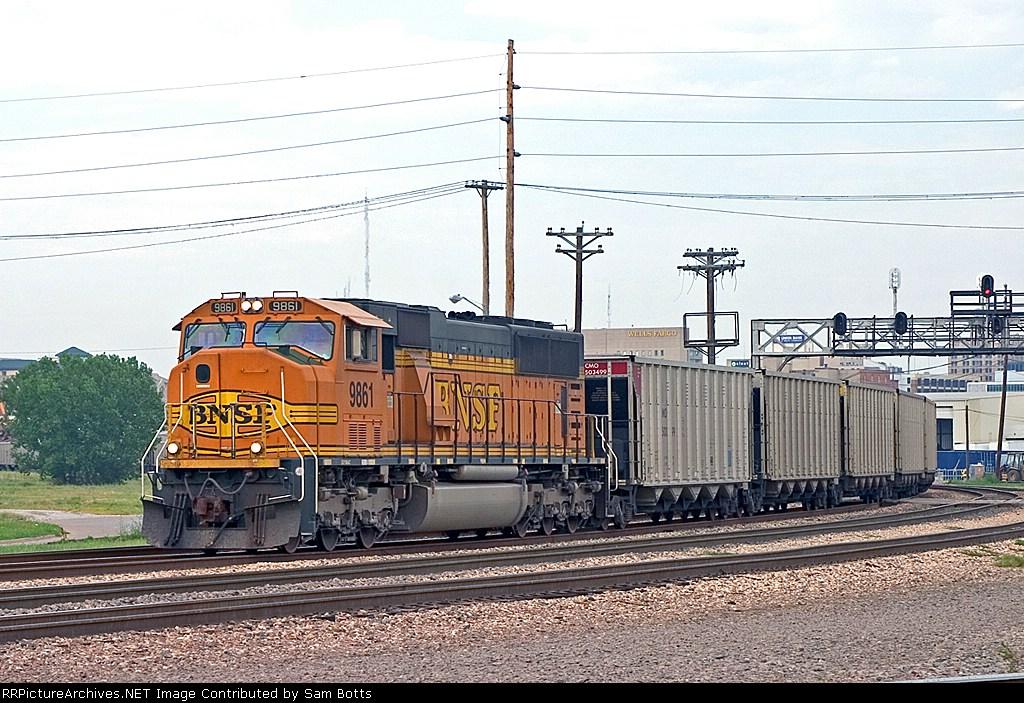 BNSF 9861