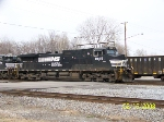 ns 9145 leads light engines past 32nd st