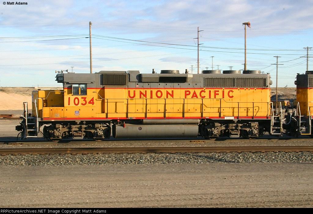 UP GP38-2 1034