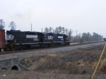 NS 5091 & 5029 work Nixon Yard & the Georgia Pacific