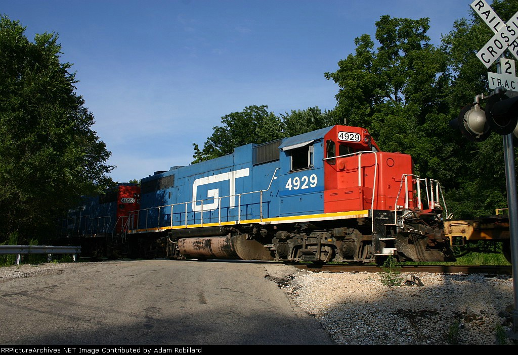 GTW 4929 is the second unit on the CN local