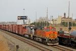 BNSF 4302 on NS 145