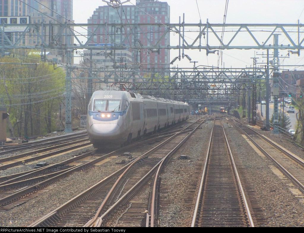 Amtrak Acela 2250 @ CP217
