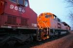 BNSF 9337,CP 9656