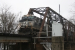 West bound NS 9923 on the Wabash River bridge