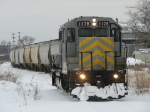 Clearing a fresh trail, Z144 heads for the power plant to assemble a train of empties