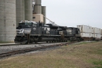 EB NS 2730, 8921 at the West end of the yard at Princeton, In..