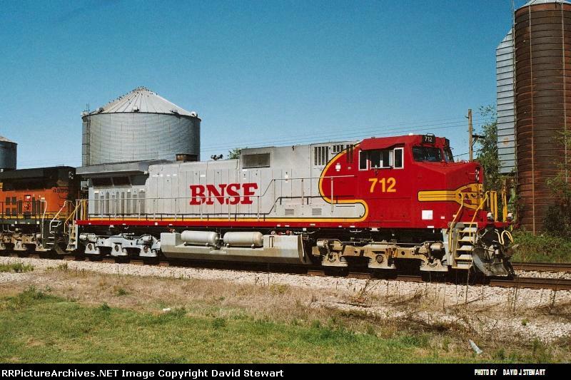 BNSF 712