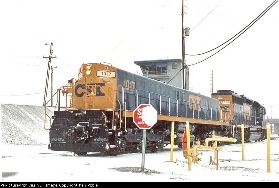 CSX 1017 (ex-CR) YN3