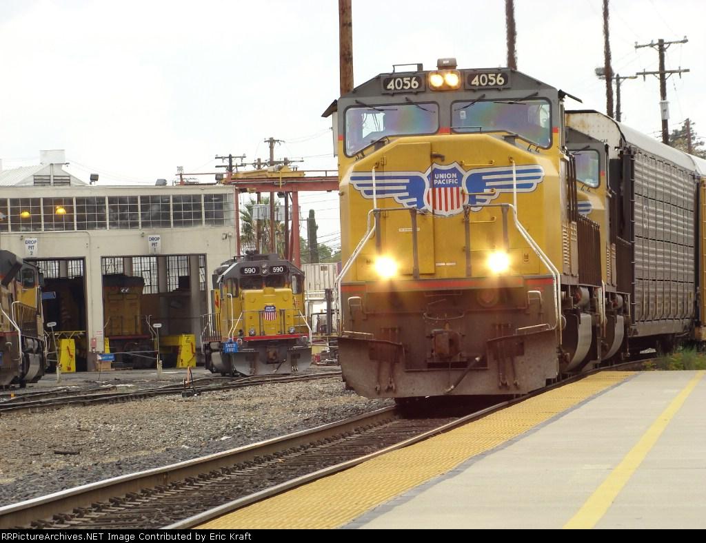 UP 4056