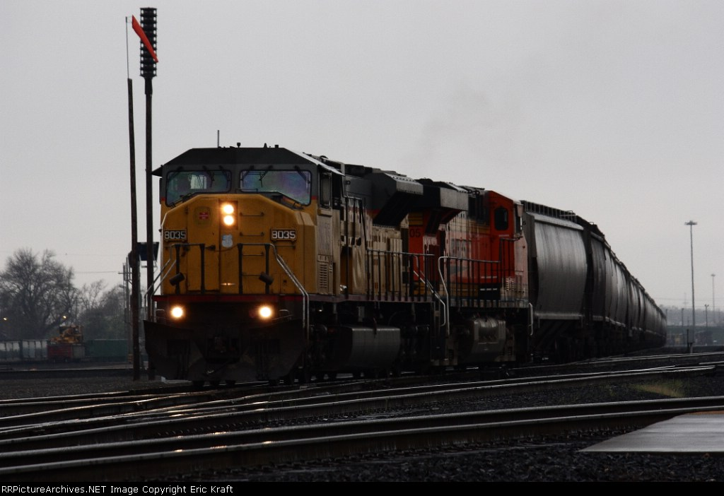 UP 8035