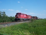 CP 8813 & 5924 Between TRF and Newfolden
