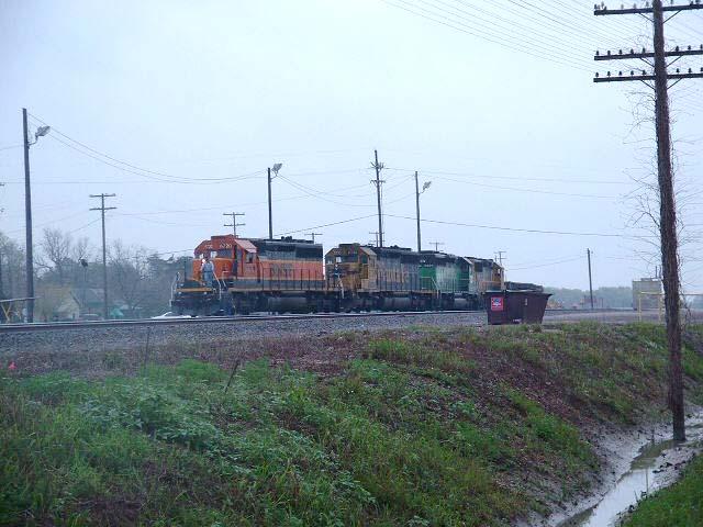 BNSF Train arrives