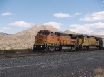 BNSF 513 leads a WB manifest at 1:06pm