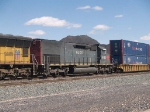 HLCX 6132 #2 power in a WB doublestack at 1:23pm