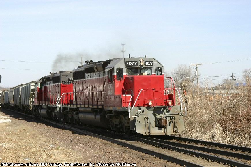 EB MNA 4077 entering siding