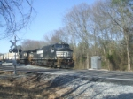 NS 9529 pulling the intermodal