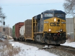 CSX 726 leads Q326-04 through the end of double track at Seymour