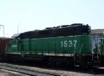 BNSF 1537 Idles in the Yard