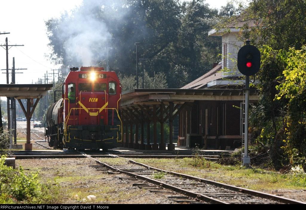 Florida Northern crosses CSX's S-Line