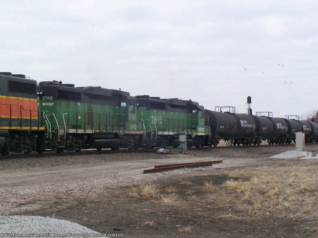 Two Older Rebuilt EMD's Help With a Freight Consist