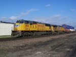 Intermodal/Doublestack Train Races Past