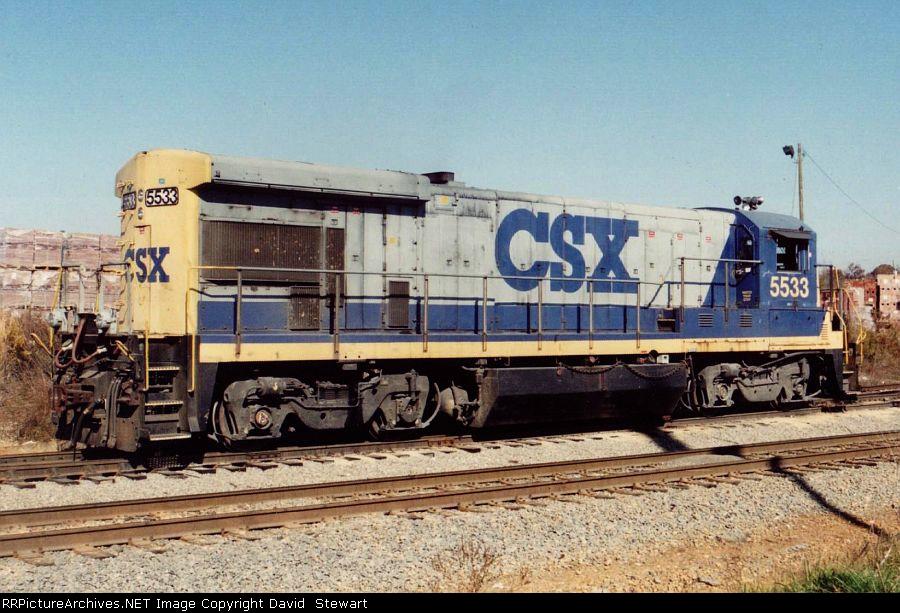 CSX B30-7 5533