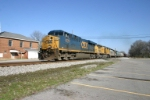 CSX 5270 is on the heals of the 9015