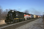 CSX GP-38 leads a colorful RPPY (Rouses Point-Potomac Yard) west