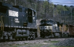 Norfolk Southern GE C-40-9W's come and go at the west end of famed Conway yard