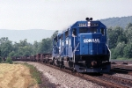 Conrail GP-40-2 3364 is rollng eastbound with a USX