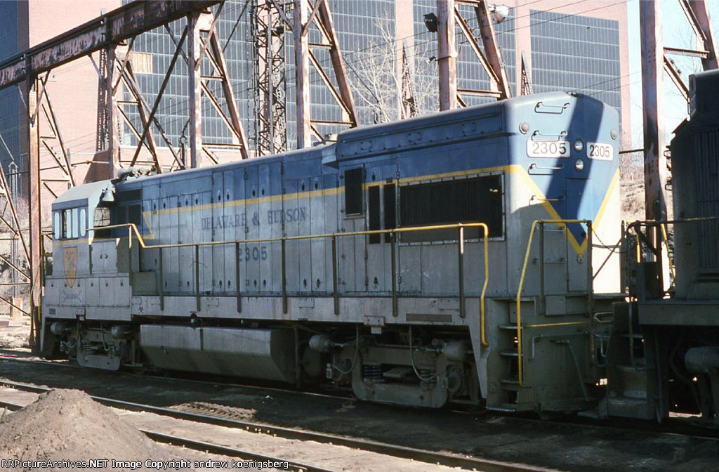 DH 2305