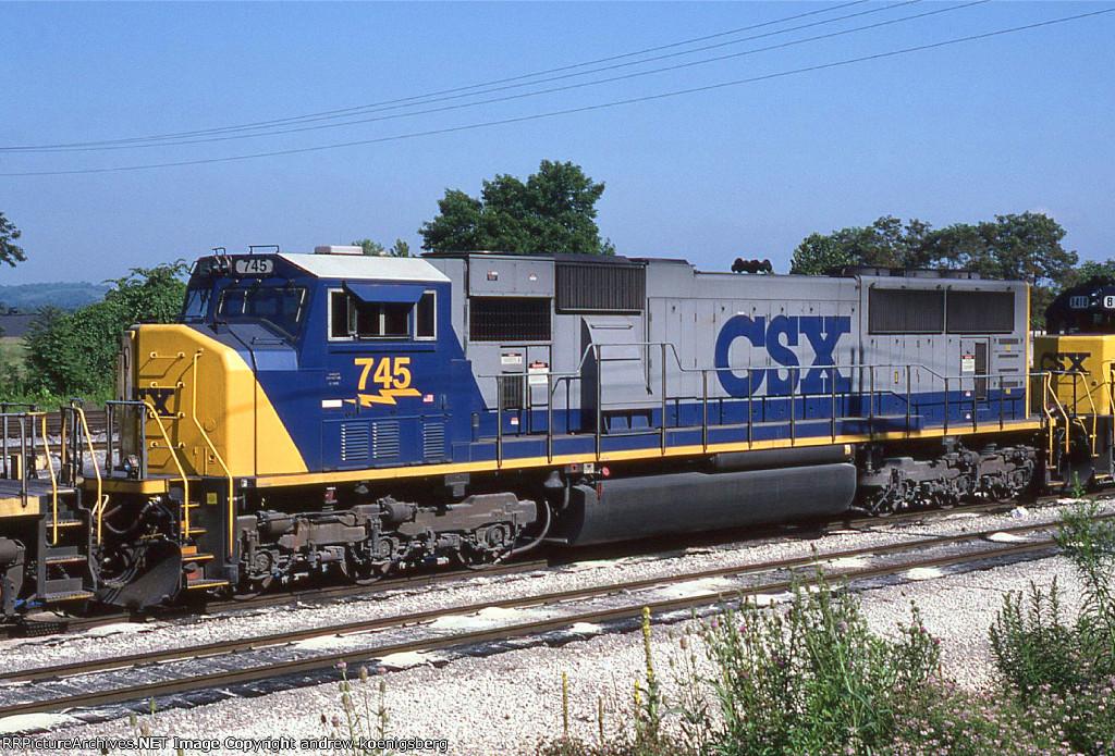 CSX 745